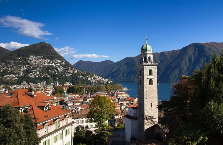 Panorama Lugana i jezera Lugano u Svajcarskoj
