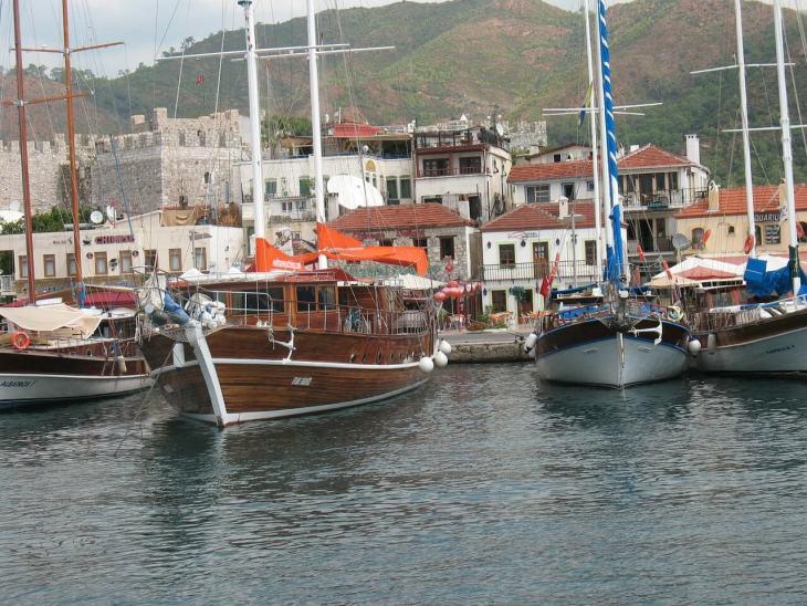 Brodovi u luci u Marmarisu