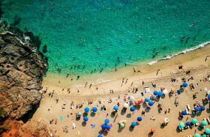 Plaža u Alanji, Turskoj