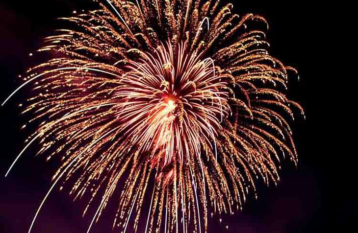 Vatromet na nebu za novu godinu