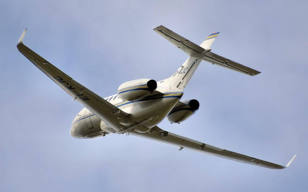 privatni avion u letu